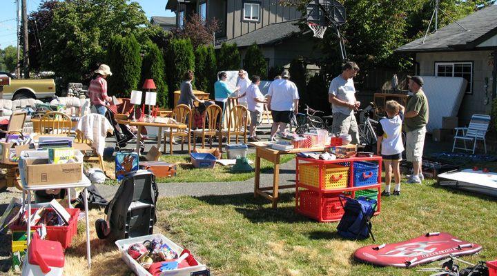 看绝望的主妇品美国文化:社区旧货市场